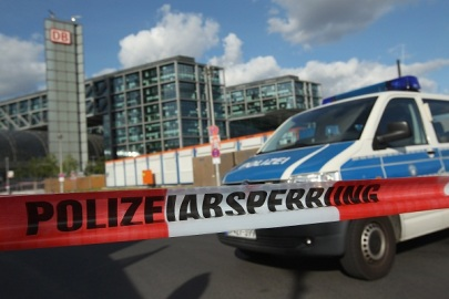 Police Close Hauptbahnhof Station Following Alarm