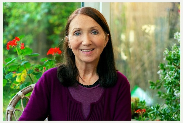 Travelling to Infinity: My Life With Stephen by Jane Hawking (2/3)